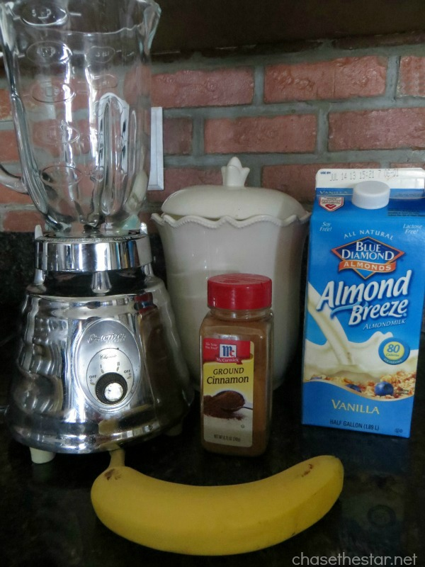 1 Point Frappuccino Recipe via Chasethestar.net #frappuccino #coffee #recipe #weightwatchers