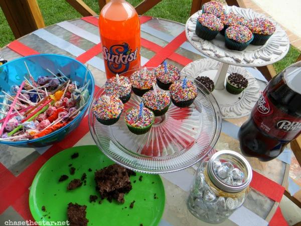 Easy and thrifty birthday party! #birthdaybundle #pmedia