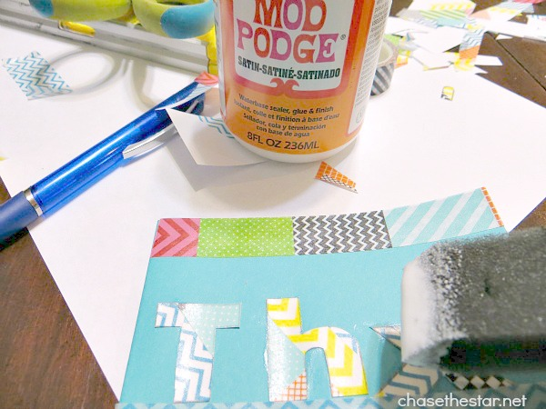 DIY Kid's Thank You Cards via hellolifeonline.com #DIY #kids #cards #party #washi #mdpodge