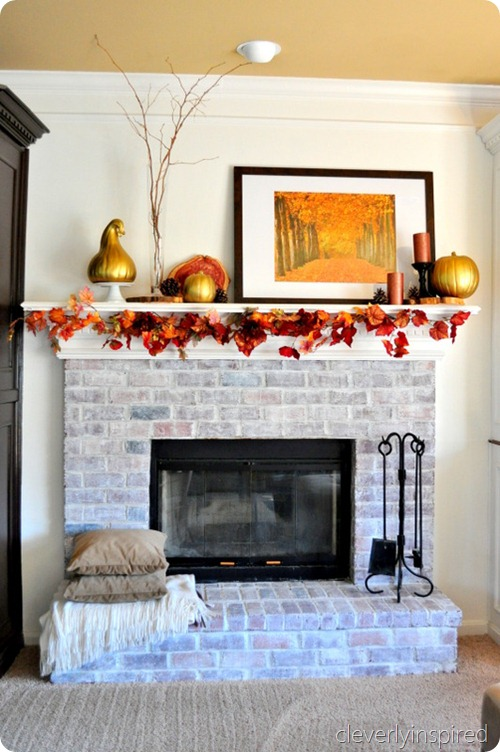 decorating-a-fall-mantle-cleverlyinspired-1_thumb
