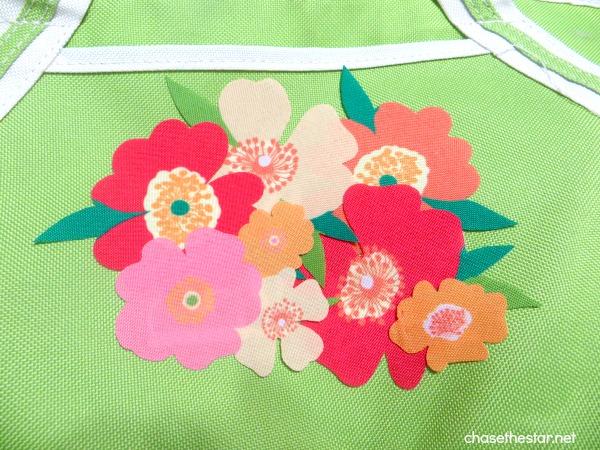 martha stewart decoupage Tote Bag Update via Chase the Star #oilcloth #fabric #canvas #dieCut #marthadecoupage 6