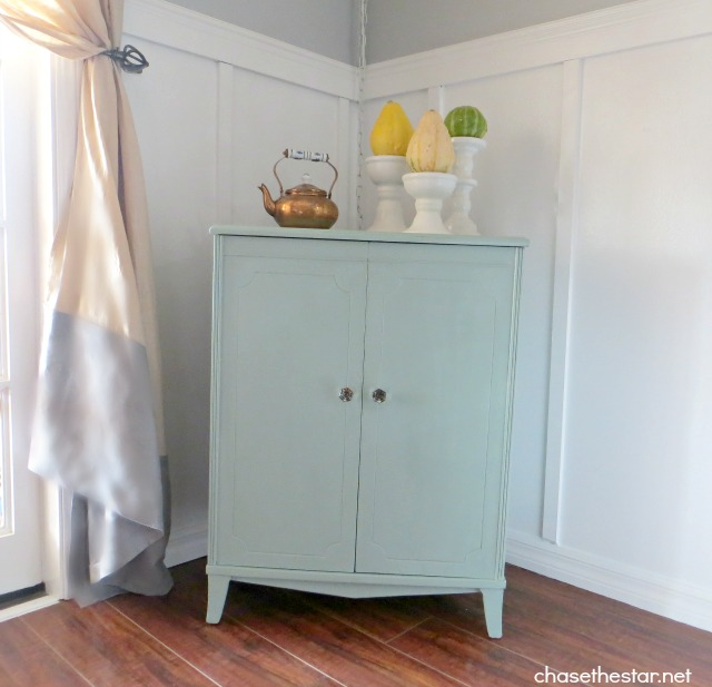 craigslist cabinet makeover part 2 with chalk paintr With what kind of paint to use on kitchen cabinets for different candle holders