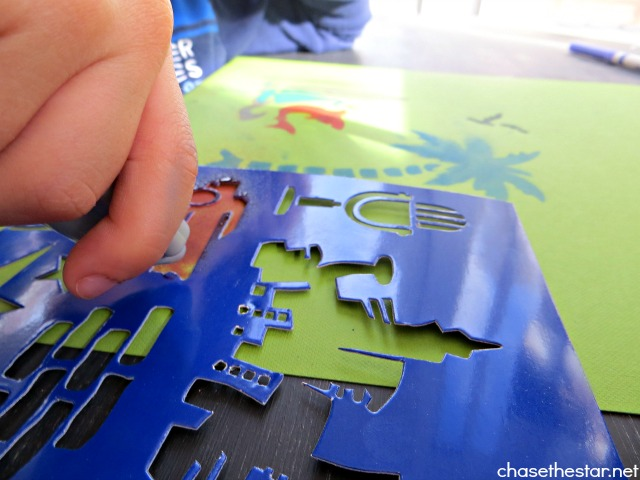 Roseart Extreme Airbrush Studio via Chase the Star #kidscraft