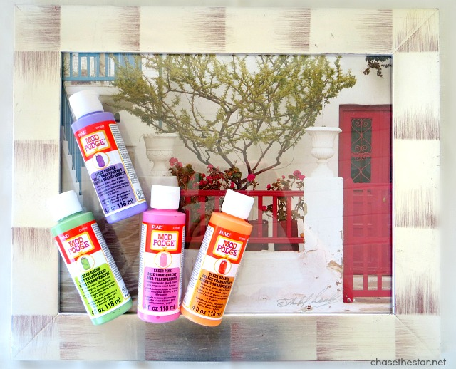Use a #ThriftStore frame and Mod Podge Sheer Colors for Glass to make a dryerase board! #dryEraseBoard via #ChaseTheStar #modpodge #plaidcrafts