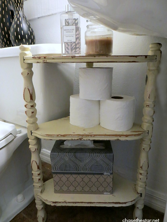 Brightening up the guest bathroom for spring Accessorizing a small bathroom