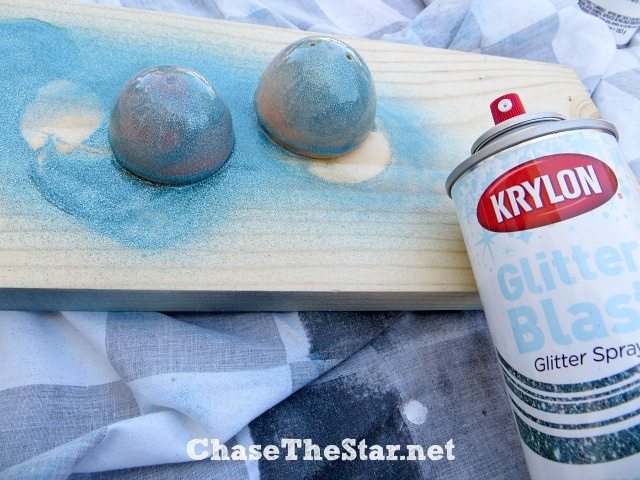 Give your projects a little sparkle with #Krylon Glitter Blast! via Chase the Star