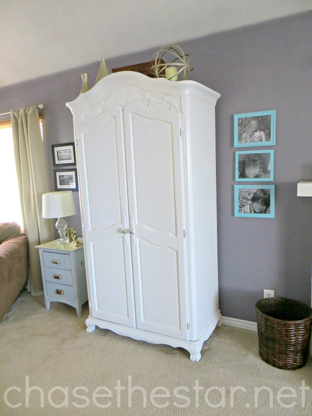 Update a Laminate Armoire with primer and paint!