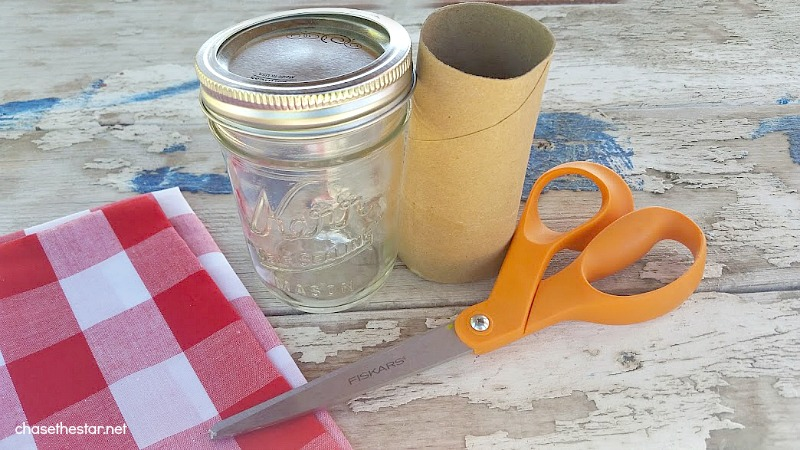 Easy Mason Jar Gift, perfect for a teen or tween! via Chase the Star