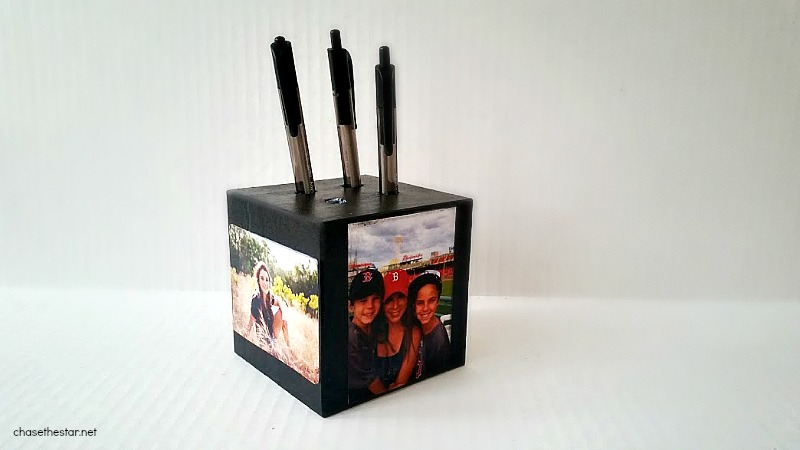 Handmade Pen Holder, an Easy DIY Gift! #michaelsmakers @michaelsstores via Chase the Star