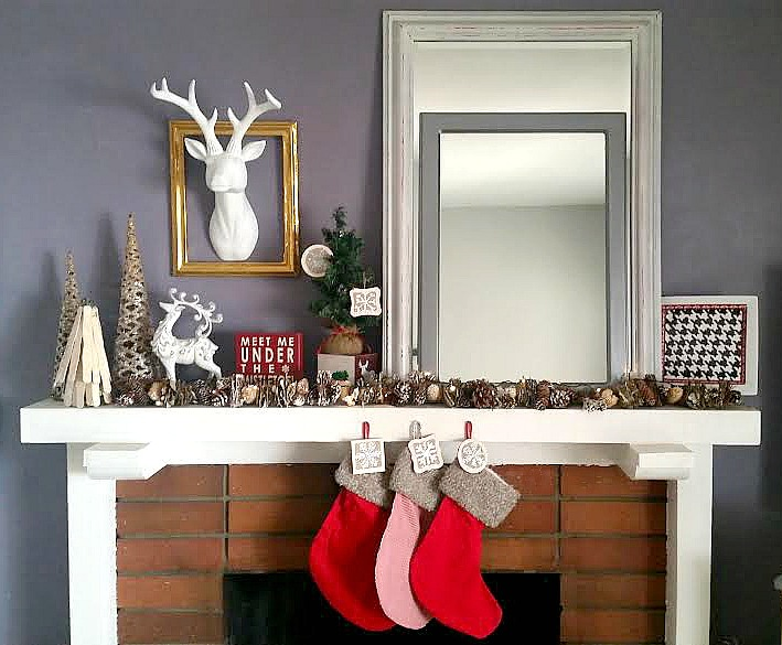 Christmas Mantel 2014 via Chase the Star