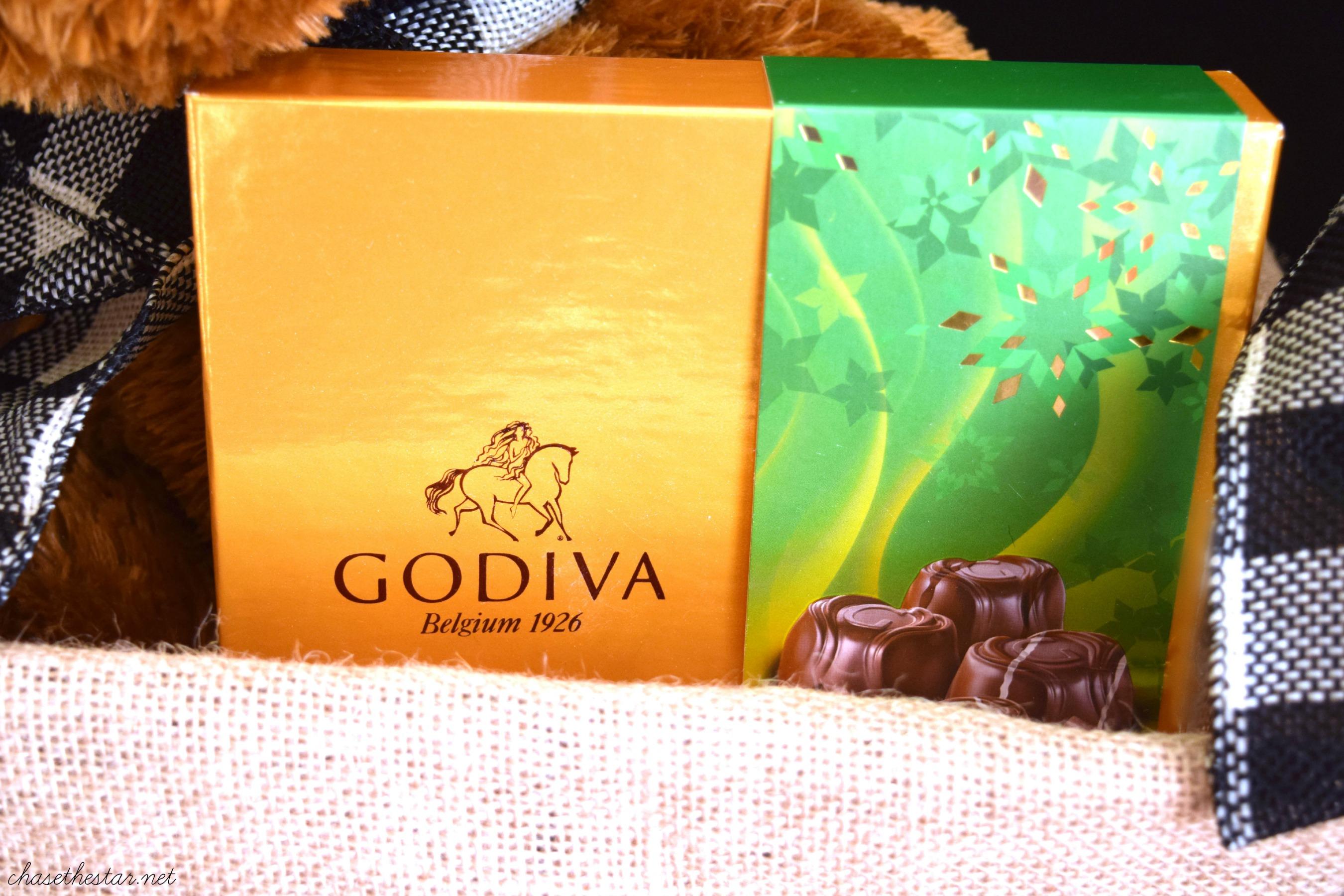Great guy holiday gift, GODIVA chocolates! #giveGODIVA