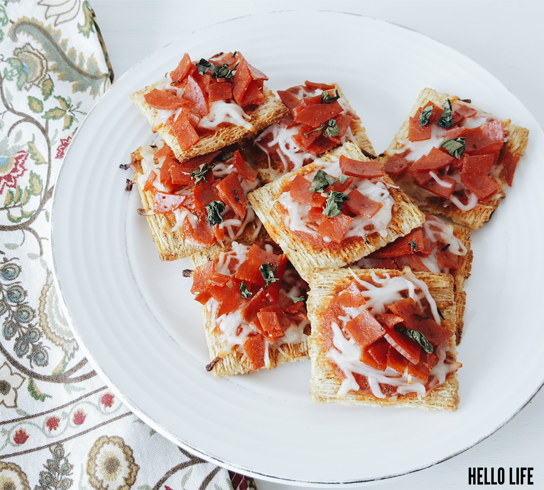 Triscuit Mini Pizzas
