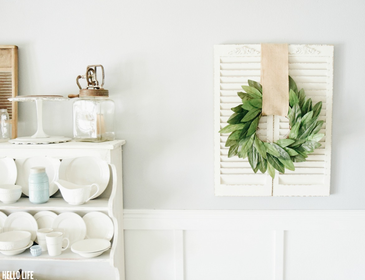 IY Magnolia Wreath-Love Fixer Upper? Learn how to make a DIY Faux Magnolia Wreath with this easy to follow tutorial in less than 1 hour!